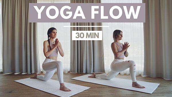 Yoga Flow während der Periode - Zyklusorientiertes Training - Train with your Cycle - Tina Halder
